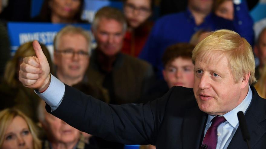 El primer ministro británico, Boris Johnson, ofrece un discurso en la cuidad de Quedgeley, 9 de diciembre de 2019. (Foto: AFP)