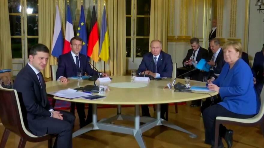 Papel de Europa en Siria. Paz en Ucrania. Corrupción en Chile