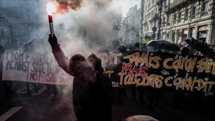Irán emite alerta de viaje para EEUU y Francia por inseguridad