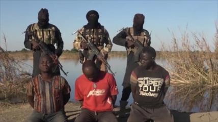 Vídeo: Terroristas de Daesh ejecutan a tres militares en Nigeria
