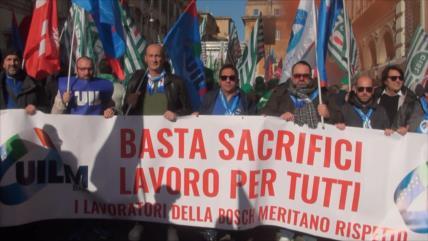 Italianos protestan contra Gobierno por pésima condición laboral