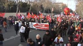 Se manifiestan en Francia contra reforma de pensiones de Macron