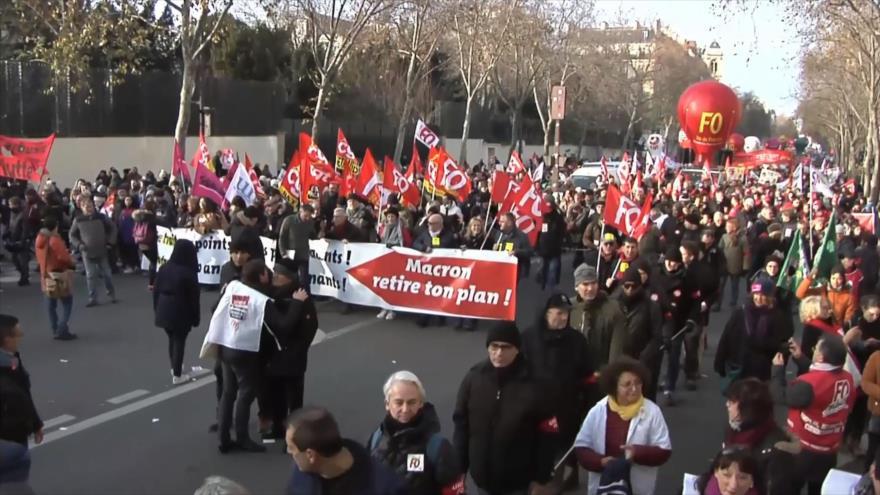 Se manifiestan en Francia contra reforma de pensiones de Macron | HISPANTV