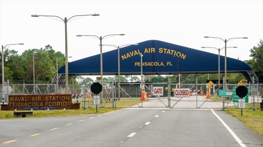 Una vista de la puerta principal de la Estación Aérea Naval de Pensacola en Pensacola, Florida, 6 de diciembre de 2019. (Foto: AFP)