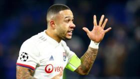 Futbolista ataca a un ultra racista para defender a su compañero