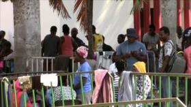 Migrantes africanos inician su partida de frontera sur de México