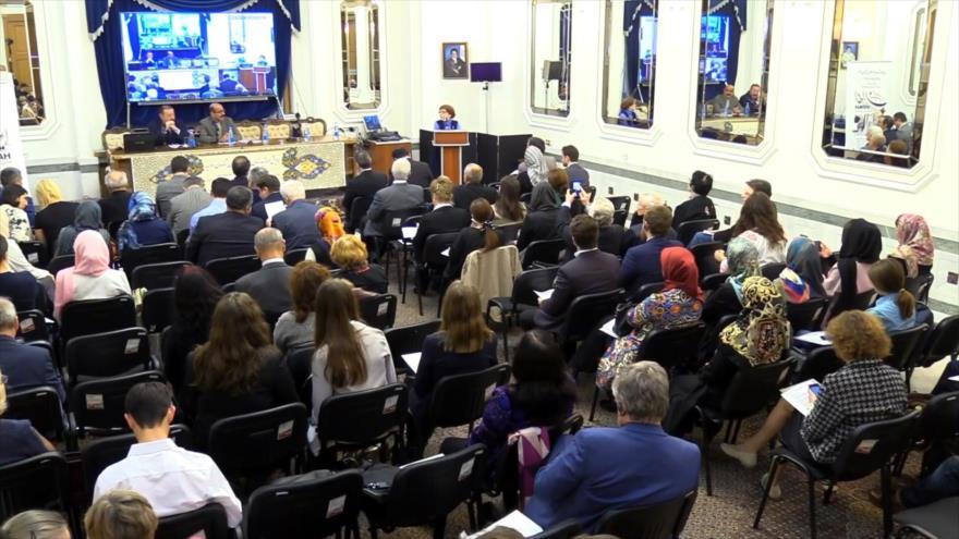 Rusia acoge 5º foro de expertos en Irán y maestros de lengua persa