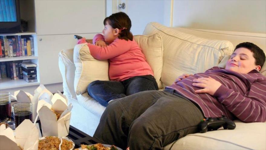 Consumo de televisión fomenta la obesidad en la niñez   HISPANTV