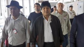 Áñez presiona para impedir que Morales haga política en Argentina