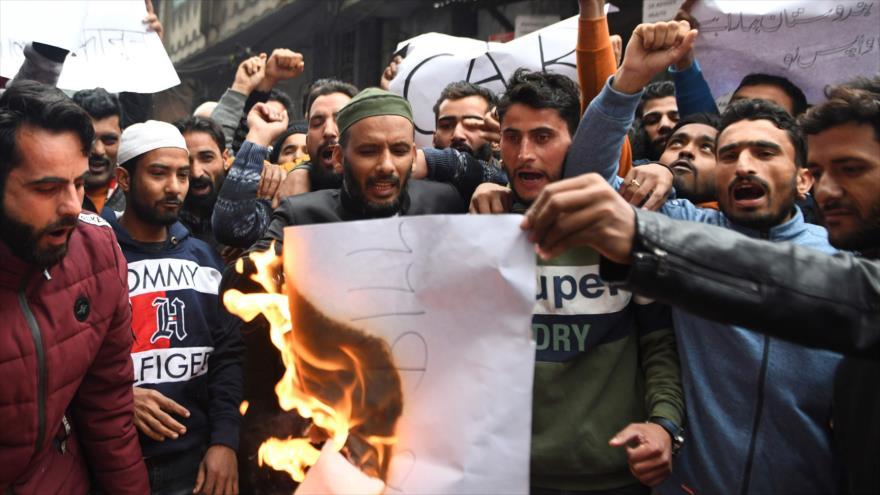 Polémica ley contra musulmanes enciende protestas en La India | HISPANTV
