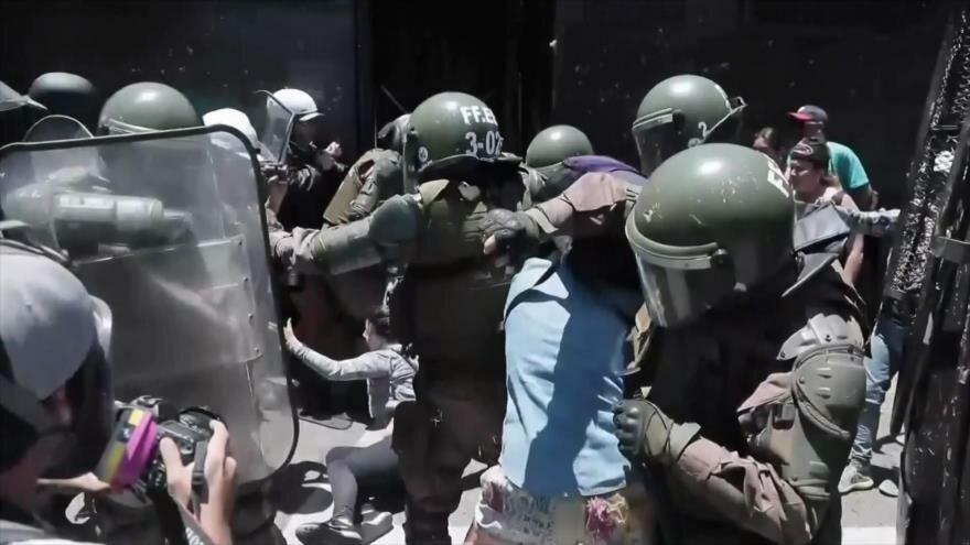 Nasralá critica EEUU. Juicio político a Trump. Represión en Chile