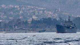 Fotos: La Armada rusa transporta nuevos armas y tanques a Siria