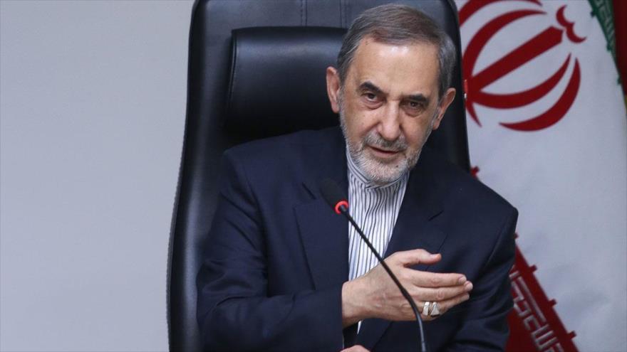 El asesor del Líder de la Revolución Islámica de Irán para Asuntos Internacionales, Ali AkbarVelayati.