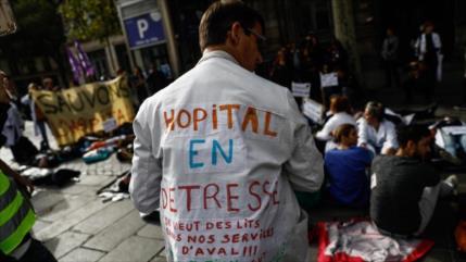 660 médicos hospitalarios renunciarán si Macron no da más dinero