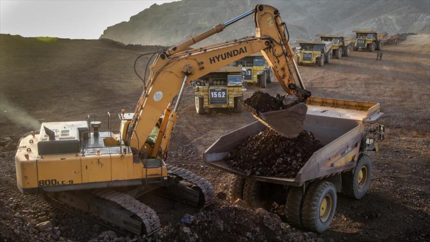 Un campo de reservas minerales ubicado en la provincia de Chaharmahal-Bajtiari (Centro-Oeste de Irán)