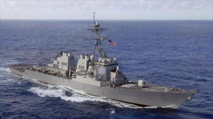 Corbeta portamisiles ruso vigila destructor de EEUU en mar Negro