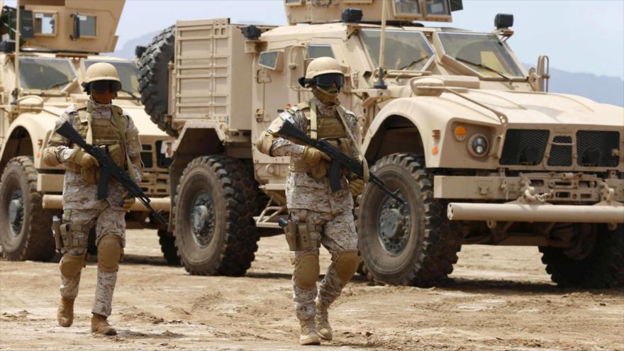 Fuerzas militares saudíes desplegadas en una base militar en la ciudad portuaria de Adén, en el sur de Yemen. (Foto: Reuters)