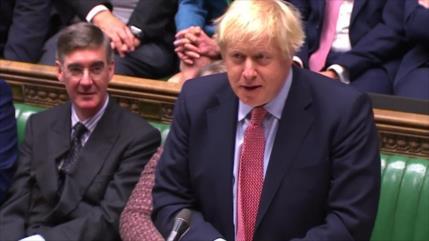 Premier británico promete materializar el Brexit cuanto antes