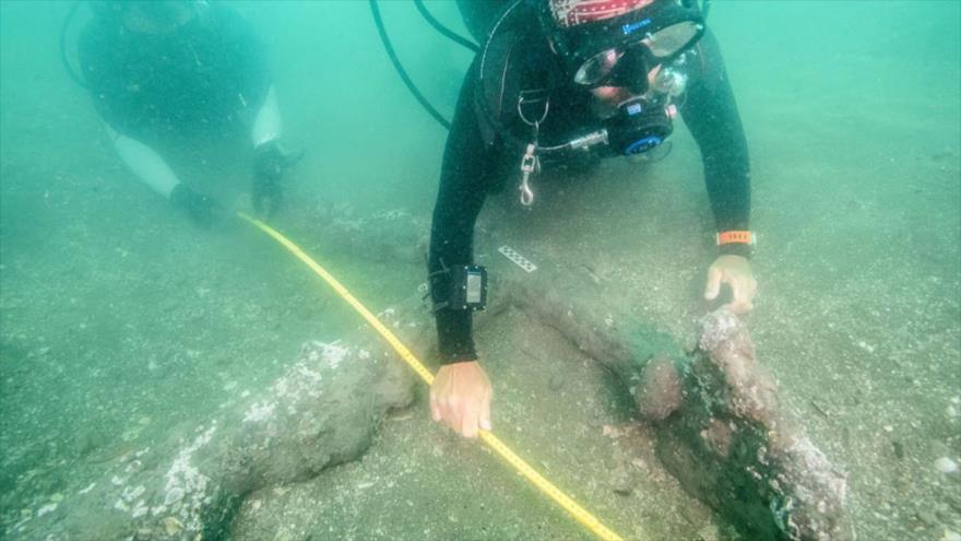 Arqueólogos encuentran anclas en las costas de Veracruz, México. (Foto: INAH)