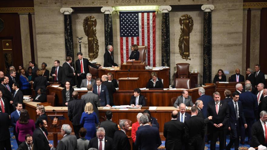 Cámara Baja de EEUU vota a favor de impeachment a Trump