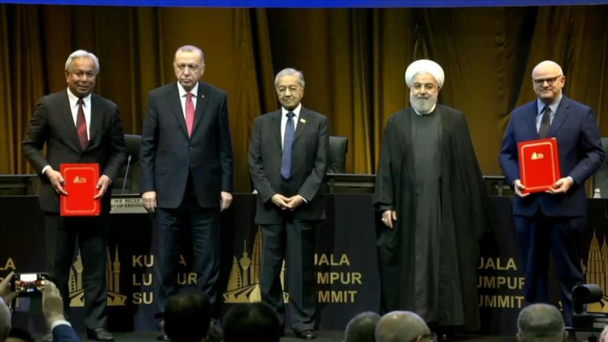 Cumbre islámica celebrada en Malasia lucha contra la islamobofia