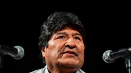 Morales forma un equipo internacional de abogados para defenderse