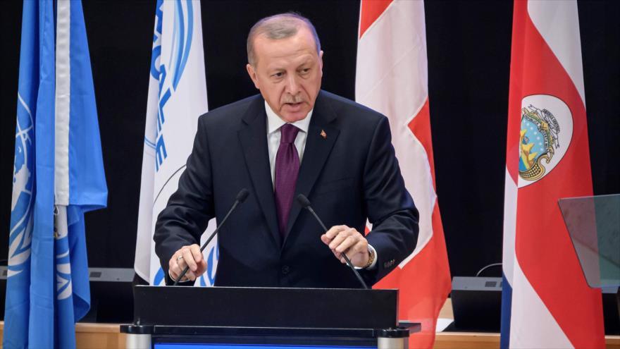 El presidente de Turquía, Recep Tayyip Erdogan, ofrece un discurso en Ginebra, 17 de diciembre de 2019. (Foto: AFP)