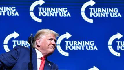 Trump alega que el juicio político ha aumentado su popularidad