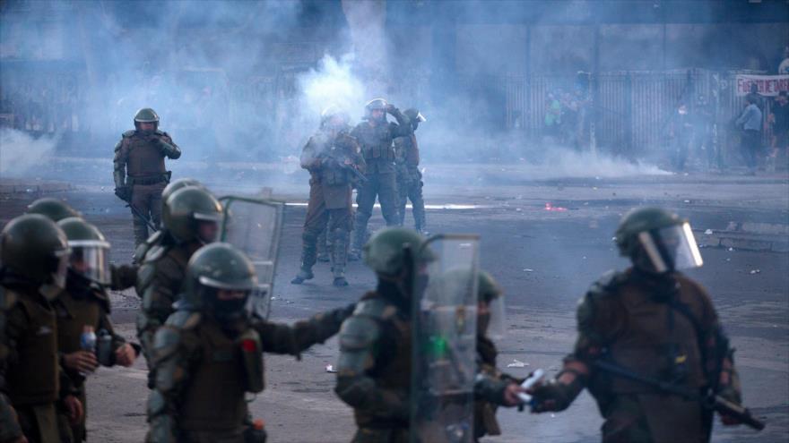 Oposición chilena pide dimisión de autoridades por represiones | HISPANTV