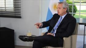 """Nadie dijo nada"": Fernández deplora represión ordenada por Piñera"