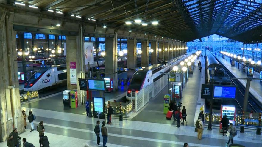 Navidad sin trenes en Francia por huelga contra reformas de Macron
