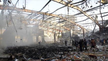 Ataque saudí a un concurrido mercado yemení mata a 17 civiles