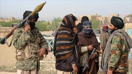 Talibán secuestra a 26 activistas de paz en Afganistán