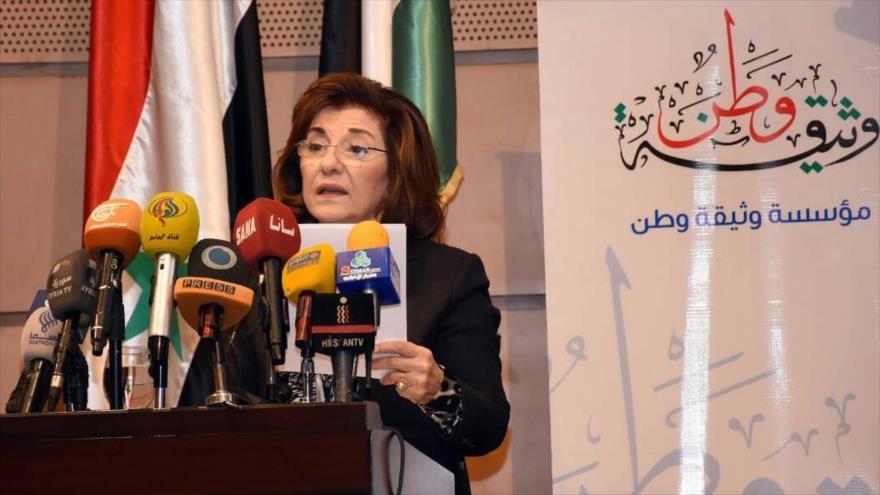 La consejera política y de información de la Presidencia de Siria, Buzaina Shaaban, en una conferencia de prensa en Damasco.