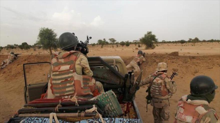 Soldados nigerinos cerca de la ciudad de Diffa, 21 de junio de 2016. (Foto: Reuters)
