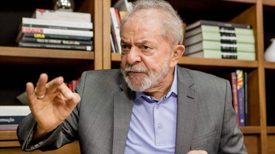 El expresidente brasileño (2003-2010), Luiz Inácio Lula da Silva, durante una entrevista con un diario español, 28 de noviembre de 2019.