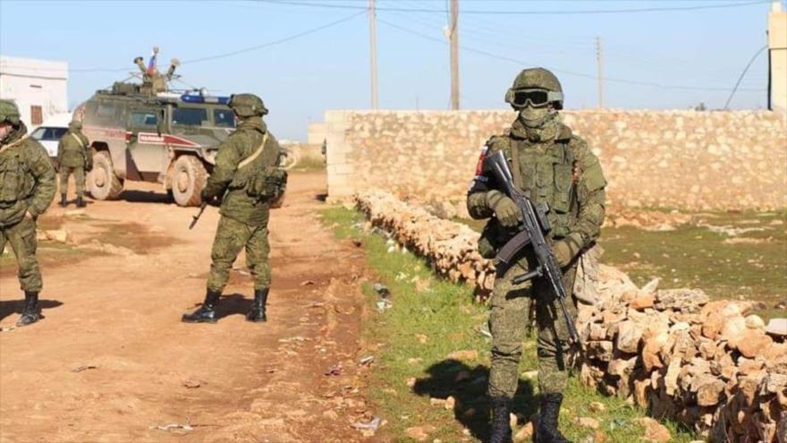 Brutal pelea entre soldados rusos y estadounidenses en Siria | HISPANTV