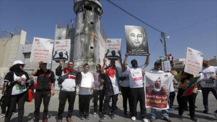 ONG denuncia 1200 casos de tortura de presos palestinos desde 2001