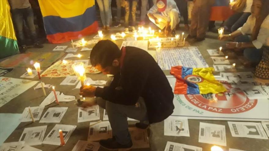 Una ceremonia de conmemoración a los líderes sociales asesinados en Colombia.
