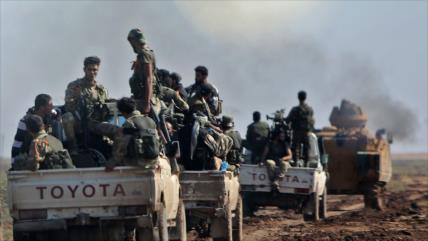 Fuerzas proturcas apoyan a terroristas asediadas en Idlib