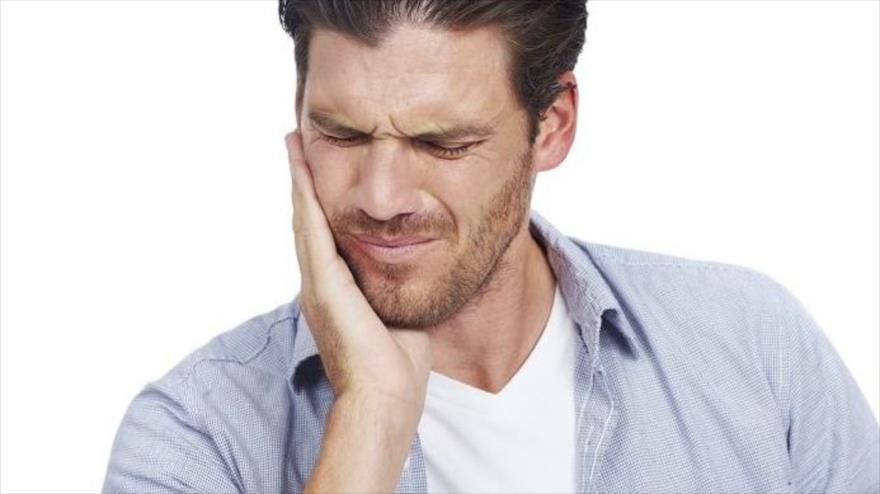 Las caries son la principal causa de dolor de dientes en niños y adultos y de no ser atendidas pueden causar la muerte.