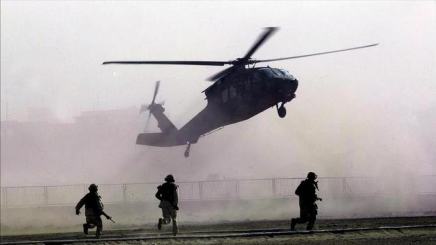 Helicópteros trasladan a 100 marines a embajada de EEUU en Irak