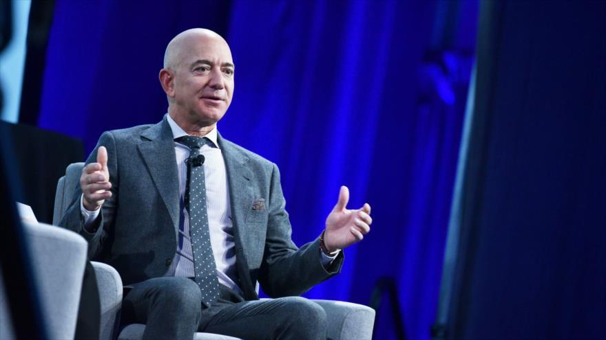 Jeff Bezos, el hombre más rico del mundo, en un evento en Washington, EE.UU., 22 de octubre de 2019. (Foto: AFP)