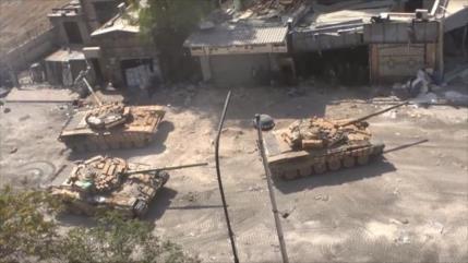 Vídeo: Tanques sirios en Alepo para luchar contra terroristas