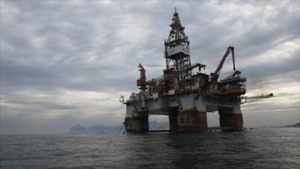 Sube el petróleo tras asesinato de general iraní Soleimani por EEUU