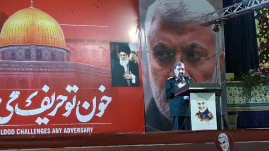El secretario del Consejo de Discernimiento del Sistema de Irán, Mohsen Rezai, habla en el Gran Mosalla (oratorio) del Imam Jomeini (que en paz descanse) en Teherán, 5 de enero de 2020.