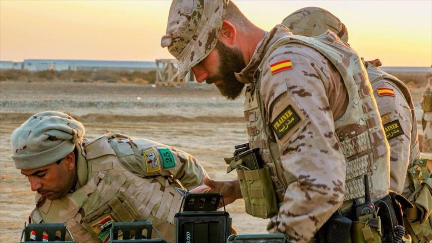 Soldados españoles desplegados en Irak bajo el pretexto de luchar contra los terroristas.