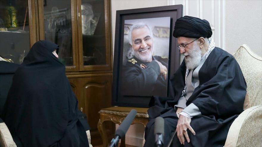 Líder iraní: Verdadera venganza será salida de EEUU de la región | HISPANTV