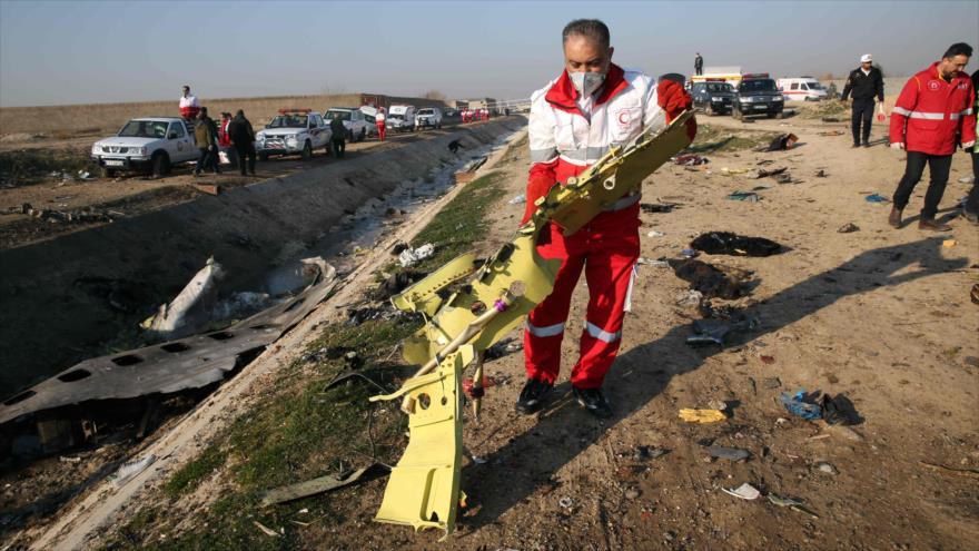 Rohani y Zelenski llaman a cooperación sobre avión siniestrado | HISPANTV