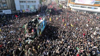 'Multitudinaria despedida a Soleimani asustó mucho a Trump'